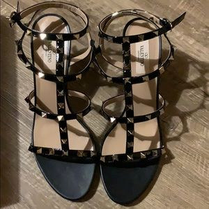 Valentino Rockstud sandal